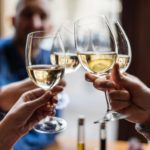 Teetotallers, like big drinkers, more prone to dementia: study