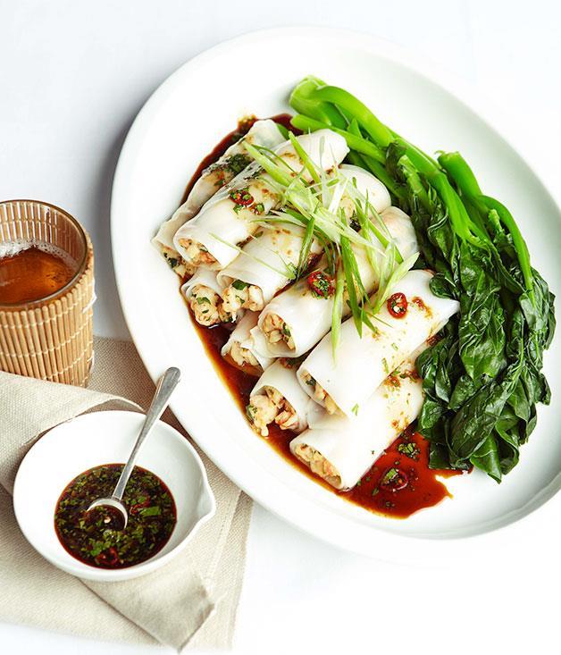 Steamed prawn rice noodle rolls