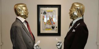 'Thai Banksy' tests boundaries with gallery show before election