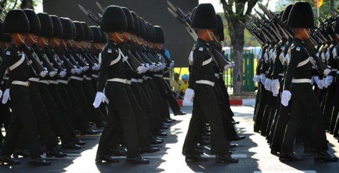 thai royal guard