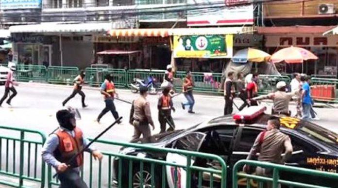 taxi bike fight